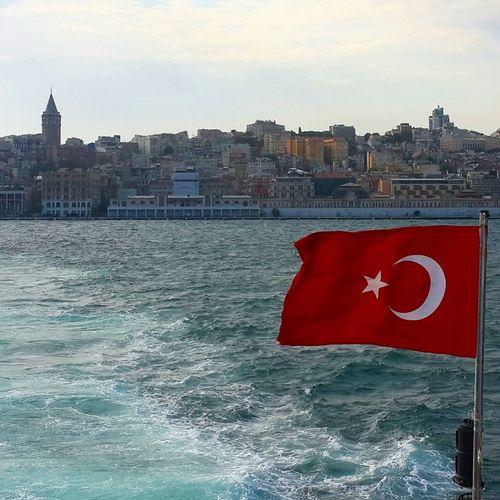 Bosphorus Istanbul - Bosphorus Galatatower Galatakulesi Istanbul Turkey Istanbuldayasam Istanbul City Istanbul #turkiye Istanbulove Istanbulbogazi