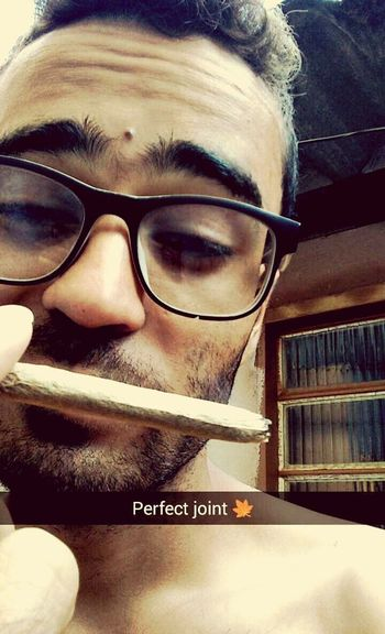 Perfect Joint Relaxing Time Jointime Roll A Joint Weed Smoker Joint Smoking  Smoke