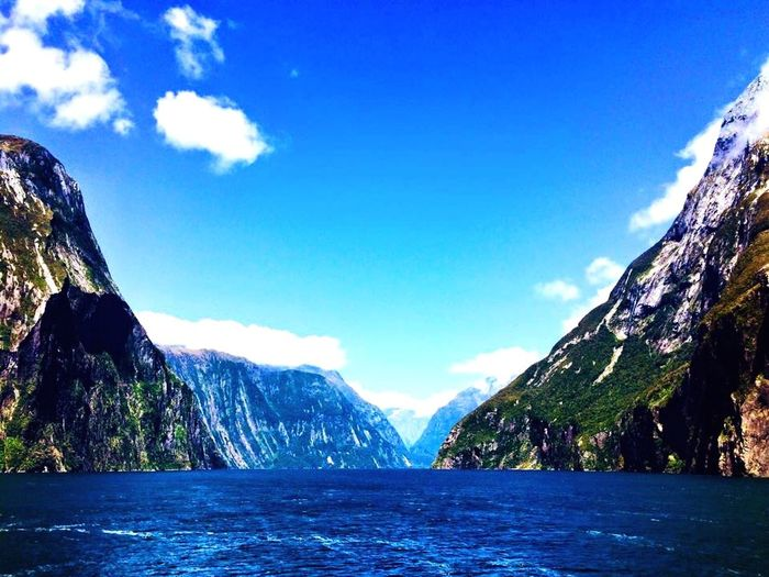 New Zealand Traveling Milford Sound Fjord Nature At The Edge Of The World