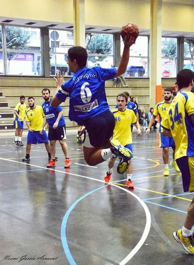 Handball Handball Is My Life Basketball - Sport Large Group Of People Real People Sports Clothing Leisure Activity Basketball Hoop Men Teamwork Sports Team Team Sport Day Court Lifestyles Competitive Sport Basketball Player Sports Uniform Indoors  Athlete Adult Sport Competition Playing People