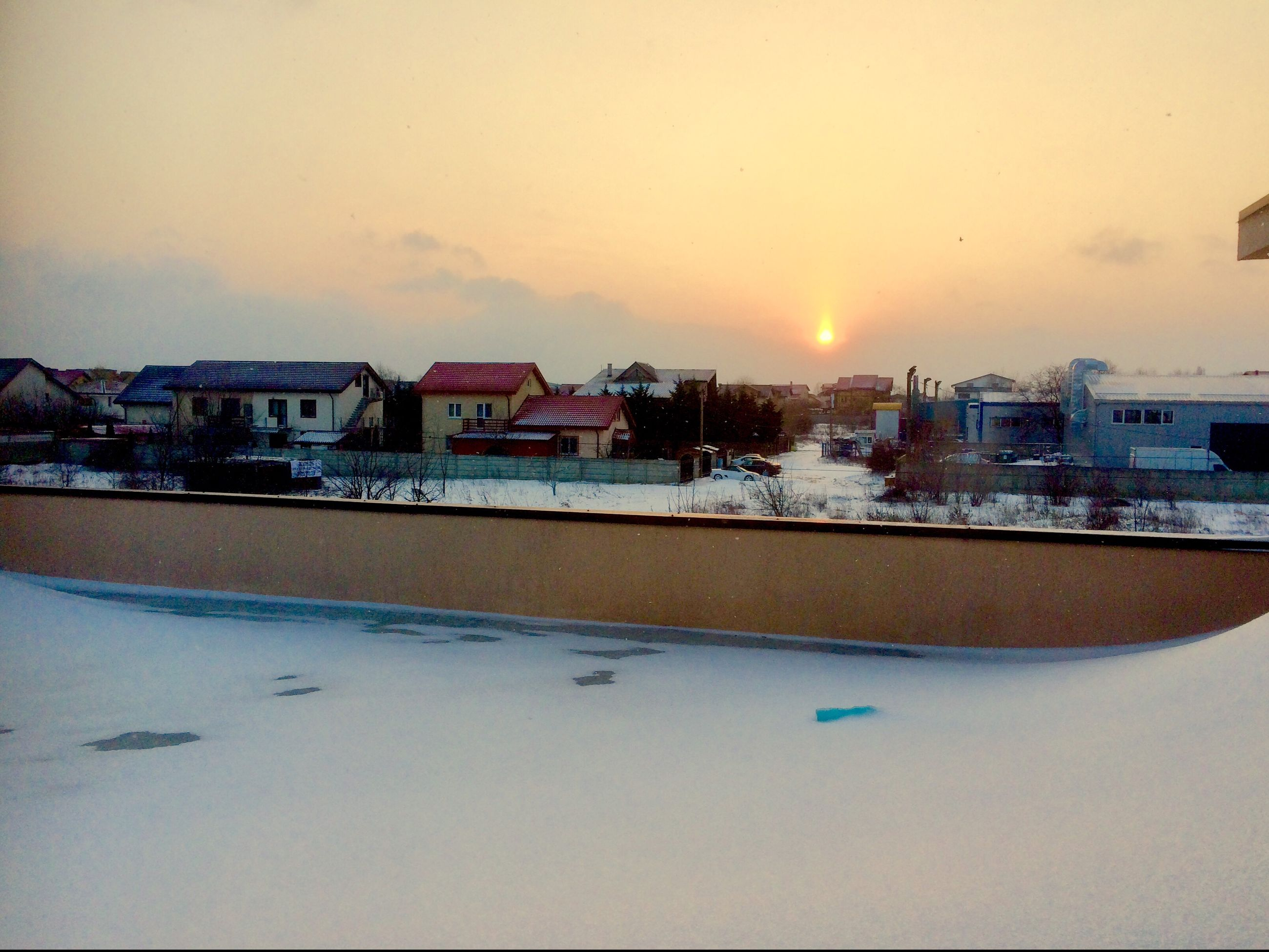 building exterior, built structure, house, architecture, sunset, sky, residential building, winter, snow, outdoors, no people, cold temperature, town, roof, city, nature, clear sky, day