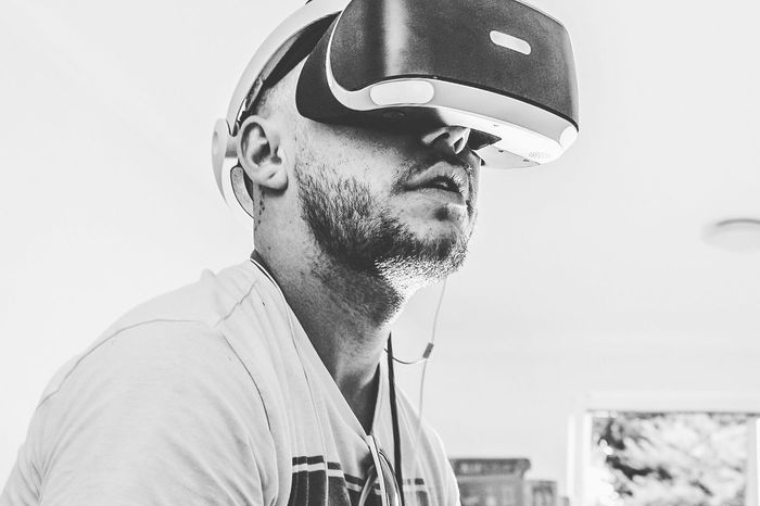 Headshot Beard Mid Adult Men Leisure Activity One Person Young Adult Indoors  Real People Close-up Day People Vr Playstation4 Playstation Oculus Htc Vive