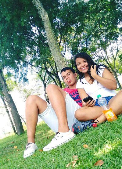 A vida é mimha mas meu coração e seu,o sorriso é meu mais o motivo é você...💑💏 Ti Amo amor 💖