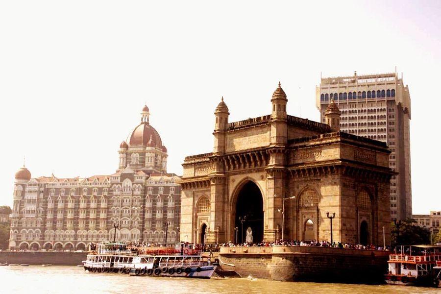 Mumbai Mumbaimarinedrive Taj Gateway Gatewayofindia Ferry Ferryboat Ferry Views Outings