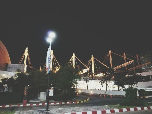 มางานปีใหม่ของบริษัท มีหน้ากากโพนี่ กับ หน้ากากระฆังมา..แต่ไม่ได้อยู่ดู บ้านไกล.... Outdoors EyeEm Gallery Bangkok Thailand Eyeemthailand Bitec Bangna