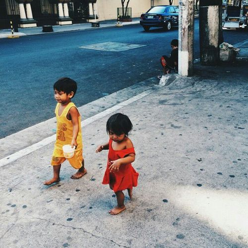 Today in micro poverty. #streetphotography #streetphoto #streetchildren #poverty Child Full Length Childhood Boys Males