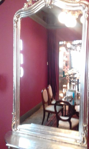 Beautiful Mirror Classic Close-up Day Ellegance Illuminated Indoors  Lights Lights And Reflection Mirror Mirror Frame No People Old Chairs Old Furniture Old Mirror Old Sophistication Old Style Old-fashioned Red Wall Reflection Resisting The Time Richness Sophistication Stylish Table And Chairs