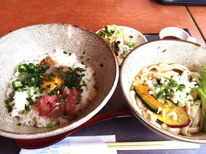 今日はこれから長い打ち合わせになるので、胃に優しくスタミナ系のネバネバ丼に。 Lunch Food Japanese Food