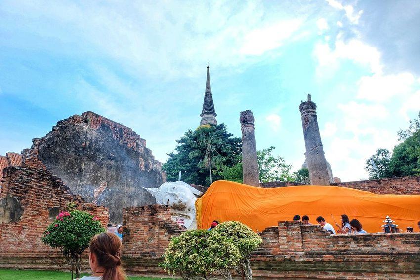 พ ร ะ น อ น จ. อ ยุ ธ ย า Relaxing Taking Photos Check This Out Enjoying Life EyeEm Thailand EyeEm Best Edits Fujifilm X-m1 Walking Around Amazing Thailand EyeEm Best Shots