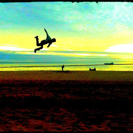 Boneless at Beach. Adventure ClubBoneless At Beach Slackline Slaker En El Aire Viña Del Mar Highline Longline Tricks Las Salinas Slackvida Slacklife Equilibrio Sunset Giros Balance Objetivos Objetivo De Vida💪👌✌👍💉⛅🏥♐‼