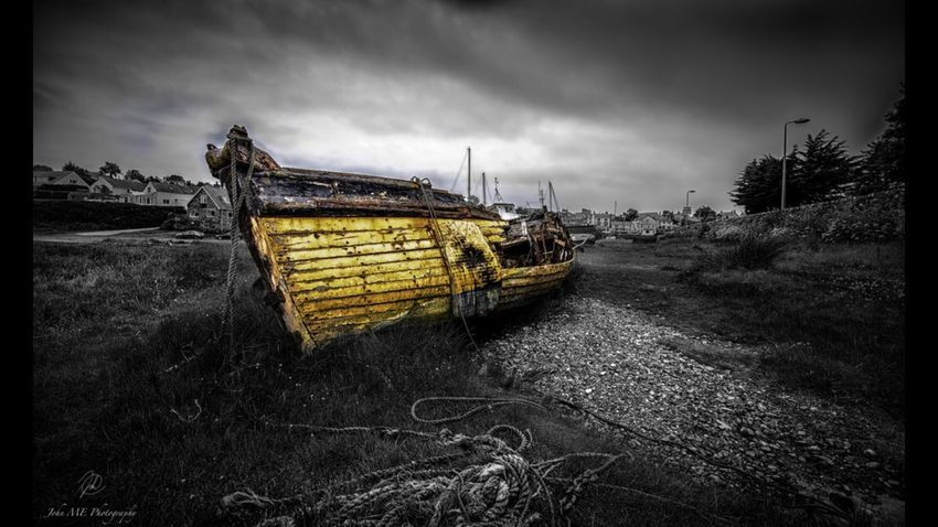 Abersoch harbout - Forgotten Boat Nautical Vessel Abandoned Water Sky Run-down Wood - Material Cloud - Sky Outdoors Beach Seaside North Wales Sea Travel Damaged Photography Seascape Boat Stormysky