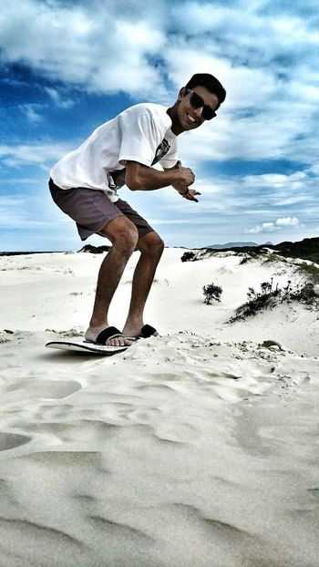 Lost In The Landscape Sky Sport Dunas Activity Young Men Men Only Men Adult Floripa Day EyeEmNewHere Florianópolis The Week On EyeEm Sun ☀ EyeEm Selects Popular World Photos Sole...☀ EyeEm Paraiso☀🍃 Perspectives On Nature Postcode Postcards This Is Masculinity