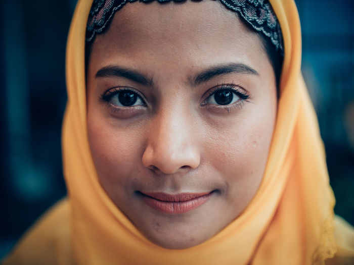 Looking At Camera Portrait Real People Headshot One Person Young Adult Front View Close-up Young Women Focus On Foreground Lifestyles Women Smiling Body Part Headscarf Human Body Part Leisure Activity Beauty Beautiful Woman Human Face Hairstyle