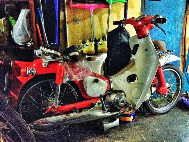 Motor ku sayang - motor ku malang Classic Bike Taking Photos Hobby