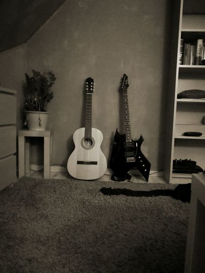Acoustic Guitar Music Guitar Indoors  Electric Guitar Musical Instrument Arts Culture And Entertainment Home Interior No People Musical Instrument String Black And White Black & White Blackandwhite Metal