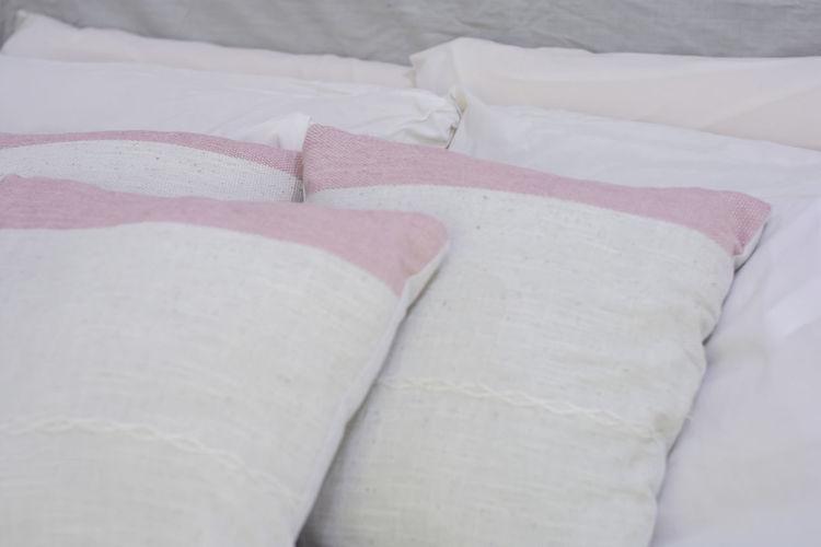 natural pillow Bed Furniture Pillow No People White Color Close-up Textile Indoors  Backgrounds High Angle View Bedroom Full Frame Sheet Still Life Comfortable Paper Stuffed Linen Cushion Cozy Softness