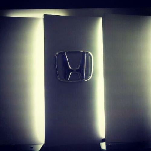 Honda.....
