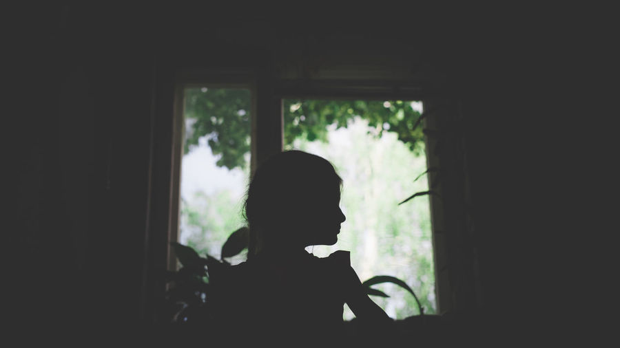 Portrait Photography Cute Light And Shadow Domestic Room Domestic Life Home Interior Silhouette Looking Through Window Window Curtain Childhood Thinking Posing EyeEmNewHere