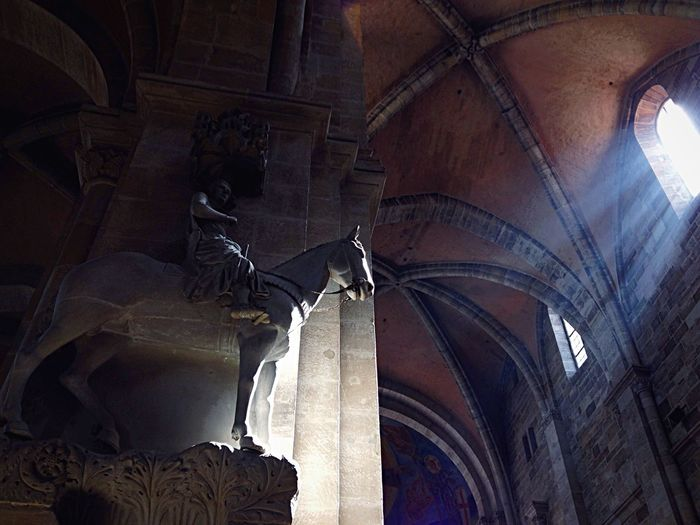 Bamberger Dom Bamberger Reiter Sculpture Architecture Art Amazing Architecture Taking Photos IPhoneography Creative Light And Shadow