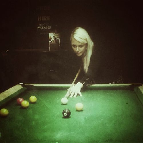 The Hustler. Albeit not in The Crucible. Southyorkshire Thehustler Face Pooltable Pool Cue Yorkshire Blonde Woman Sheffield England Billiards Balls Chiaroscuro  Britain Greatbritain Hustler Englanduk