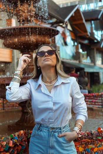 Young woman wearing sunglasses outdoors