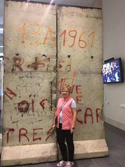 Eu e o Muro de Berlin... Ambis de 1961 Murodeberlin First Eyeem Photo