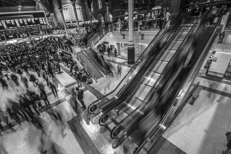 Blurred Motion Motion High Angle View Real People City Architecture Travel Transportation Mode Of Transportation City Life Large Group Of People Built Structure Incidental People Liverpool Street Station Blackandwhite Black And White Busy Busy Street Black & White Sashalmi Consumerism on the move