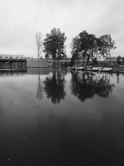 Reflection Water Lake Outdoors Sky No People Tree Day Nature Symmetry Landscape Photography Landscape_Collection Landscape_photography Landscape Nature Autumn Black Blackandwhite B/W Photography B/w Series B/w Collection B/w/color_collection Blackandwhite Photography Black & White Blackandwhitephotography