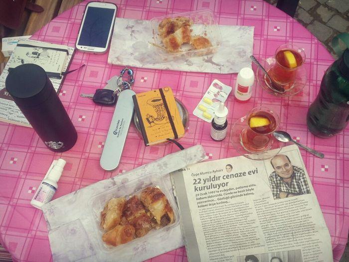 """""""Bir pazar kahvaltısı gibi"""" Masadamasaymışha My Desk Kafadergisi Notelook çay Bursa Sunday"""