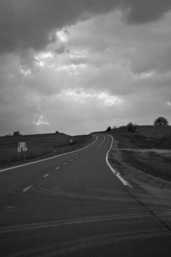 Visual Journal October 2017 Southeast, Nebraska B&W Collection Camera Work EyeEm Best Shots EyeEm Best Shots - Black + White FUJIFILM X-T1 Getty Images Landscape_Collection MidWest Nebraska Vertical Composition Visual Journal Always Taking Photos Bnw_collection Cloud - Sky Curve Day Eye For Photography Into The Light Landscape Monochrome Nature No People Outdoors Photo Diary Practicing Photography Road Rural Life S.ramos October 2017 Scenics Schwarzweiß Sky The Way Forward Transportation Tree Vertical Landscapes Winding Road