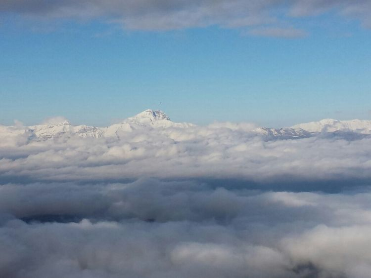 catena montuosa del Gransasso Snow Sky And Mountains Italy Mountains Nature