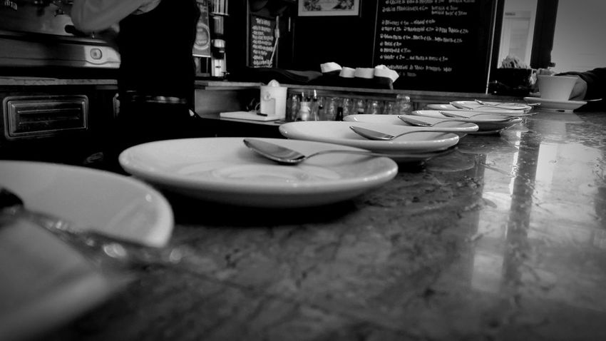 Modenacentro Modena Coffee Time Coffee Break Coffeelovers Bar Bistrot Hanging Out Taking Photos Check This Out BW_photography Urban Lifestyle Snapshots Of Life Urban Life Black & White Blackandwhite Photography EyeEm Best Shots - Black + White