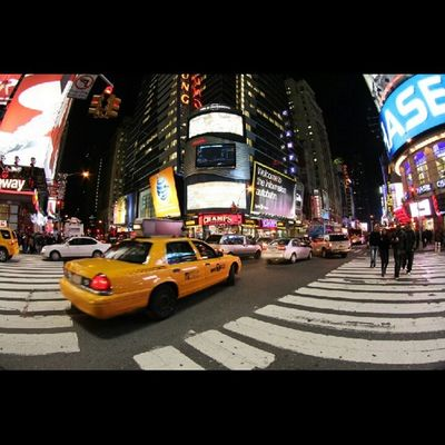 Hello Times Square tunggu saya disana :D Newyork City Night