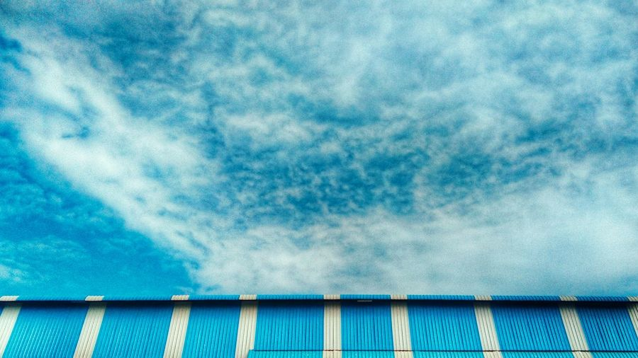 Well matched. Blue Sky No People Cloud - Sky Outdoors Corrugated Iron Day Nature Architecture Picoftheday Eyeemvision Our Best Pics 12daysofeyeem Snapseed Editing  Landscape HDR Collection Landscape_Collection Scenics Hdr_captures Hdr_pics Finding New Frontiers