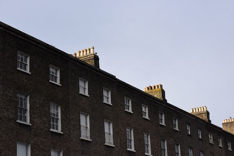 Building Exterior Architecture Built Structure Low Angle View Window House No People Clear Sky Residential Building Day Outdoors City Apartment Sky Dublin Irland Architecture