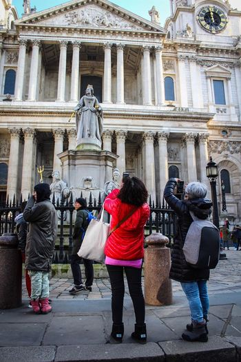 Architecture Built Structure Building Exterior Real People Tourism Travel Destinations Lifestyles City Architectural Column Men Women Day Large Group Of People Outdoors People Place Of Worship St Paul's Cathedral London Everyday Photography Vacations Togetherness City Bonding Leisure Activity
