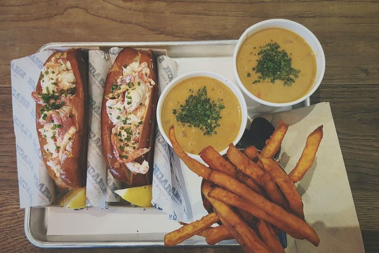 Show Us Your Takeaway! Lobster Roll Smack Take Away Food Foodporn Soup London Love Eating Lunch Weekend April 2016 Spring Lunch For Two