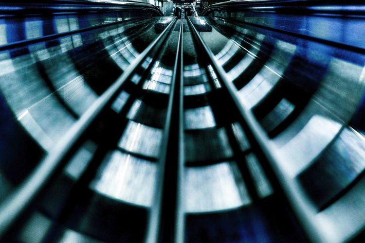 Metal Slalom / Escalade Reflection