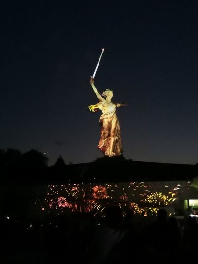 родина_мать Мамаев курган City Illuminated Performance Full Length Arts Culture And Entertainment Celebration Portrait