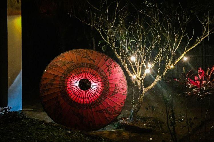 Umbrella Light Birmania Burma Myanmar Goldenrock