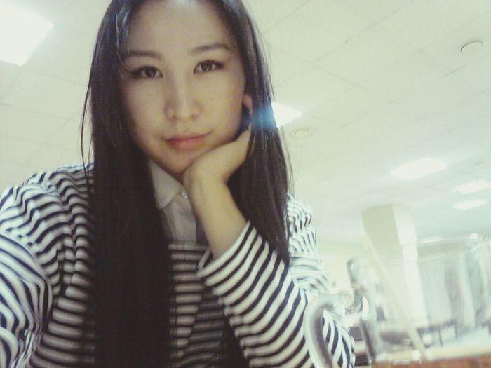 Приехала на учебу вместе с @aliasmina Studying University Hello World Selfie