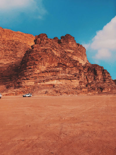 Rock formations in desert, sunny day in wadi rum .