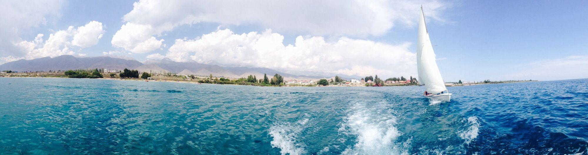 Summer ☀ Waves Lake Beautiful Scene