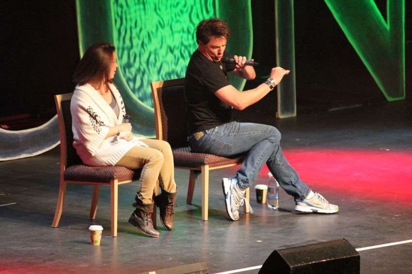Eve Myles and John Barrowman from Doctor Who's Torchwood @ FedCon 22 in 2013 2013 Captain Jack Harkness Doctor Who Eve Myles FedCon Fedcon 22 John Barrowman Actors On Stage British Actors Indoors  Science Fiction Scifi Convention Torchwood Tv Actor