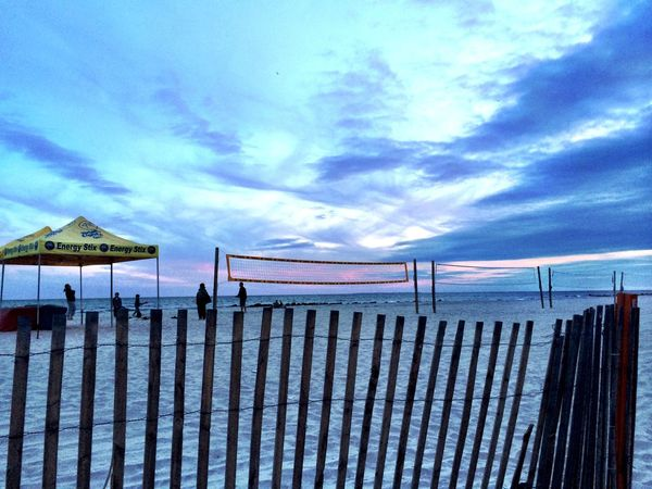 Sunset At Long Beach, NY EyeEm Best Shots Nikonphotographers #beachlovers #checkout My Gallery On Instagram#waycoolshots#awesomesunsetshots Sunset #sun #clouds #skylovers #sky #nature #beautifulinnature #naturalbeauty #photography #landscape