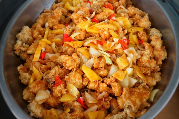 fried snaper with sweet and sour sauce Chef Cheflife Pudding Food City Blackandwhite Chef_R Lanscape Photography SouthKalimantan_Indonesia Banjarmasinbungas Kalsel Borneo Banjarmasin Lanscape World Amazing Barabai Padi EyeEm Best Shots EyeEmNewHere Padi Field Borneo Island INDONESIA Tower EyeEm Vilage Dried Fruit Homemade Raisin Fried Rice Close-up Food And Drink