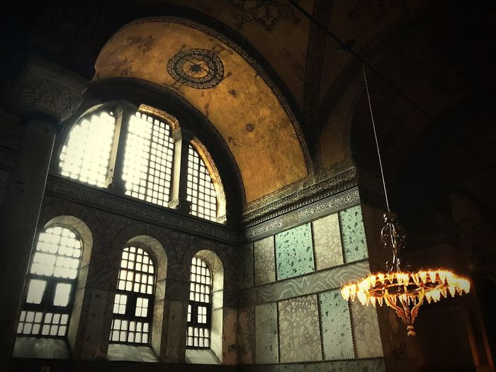 Mosque Blue Mosque Istanbul 蓝色清真寺 Istanbul City Travel Time!!! IPhoneography Travel Photography Turkey ♡ Window Architecture Indoors  Building Built Structure Place Of Worship Belief