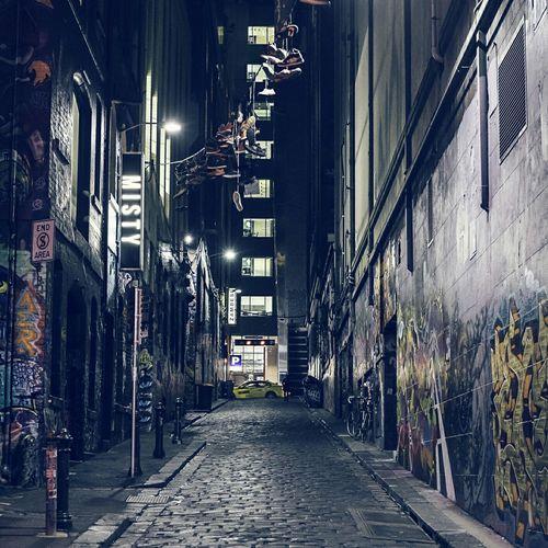 Nightshot EyeEm Melbourne FUJIFILM X-T1 Melbourne Streetphotography Nightphotography Alleyway Graffiti