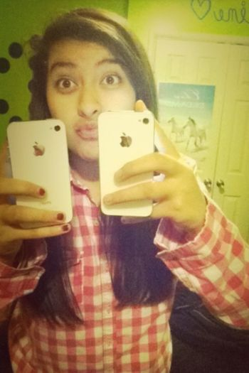 My Old & New Phone(: