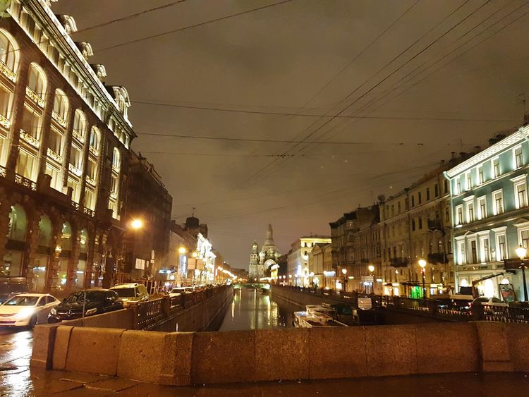 Griboedov Canal and Church of Savior on the Spiller Blood, St Petersburg Saintpetersburg Stpetersburg Russian Russia Temple Oldtown Church Architektur Architettura Buildings Building Arquitetura Arquitectura Iglesia Санкт-Петербург Night Lights Rainy Old Buildings Christ Faith Dome Church Canal Griboedov Channel City Illuminated Cityscape Architecture Building Exterior